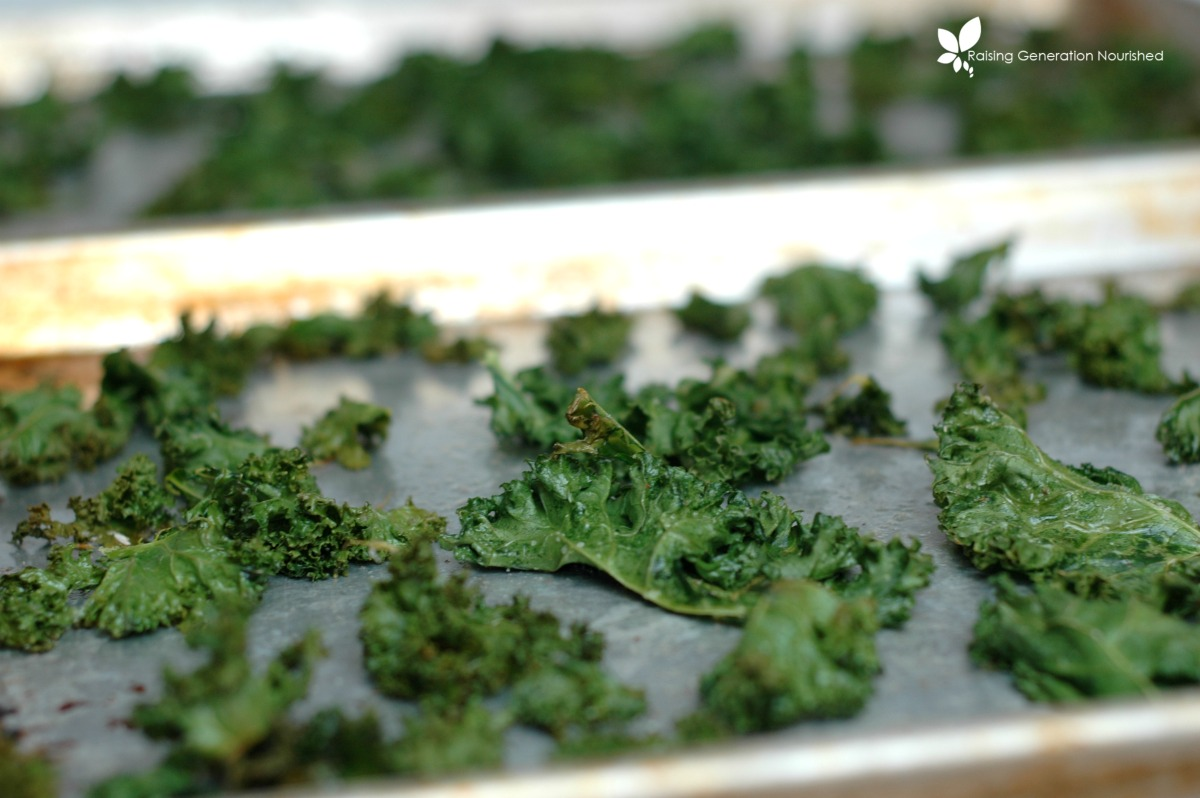 Simple Tips For Light & Crispy Kale Chips Everytime!