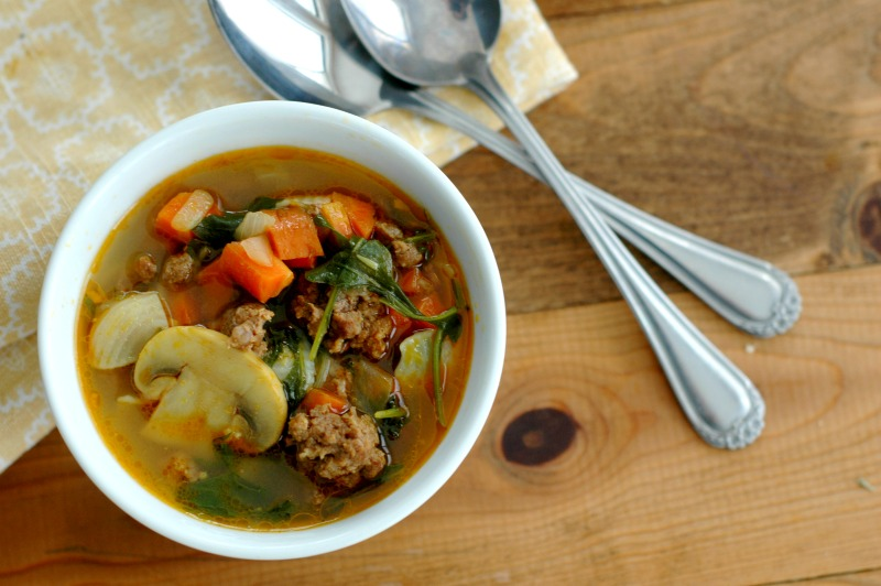Vegetable Beef Curry Soup ::Warm and delicious curry soup the whole family will absolutely love, and weeknight friendly in prep time!