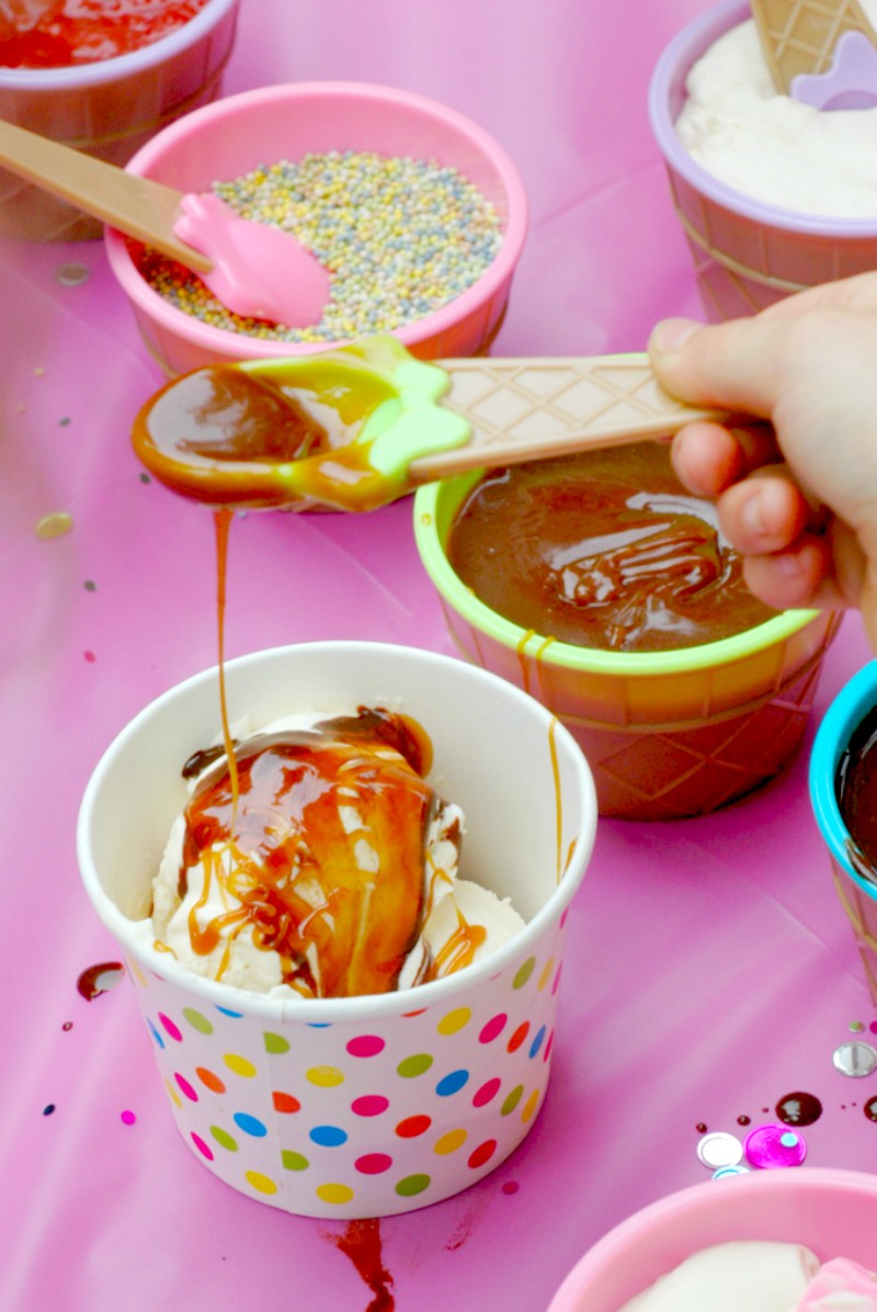 Make Your Own REAL FOOD Ice Cream Sundae Party! :: A fun make your own ice cream sundae party without the artificial dyes and using all real food ingredients!