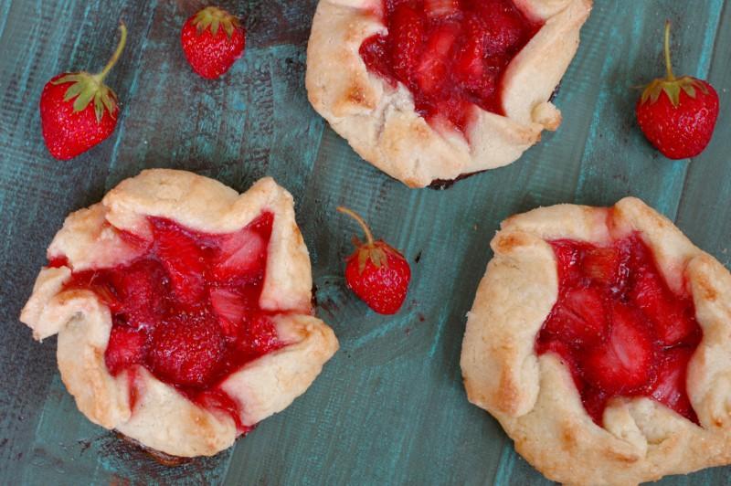 Strawberry Rhubarb Mini Galettes :: Simple Prep, Gluten Free, & Honey Sweetened!