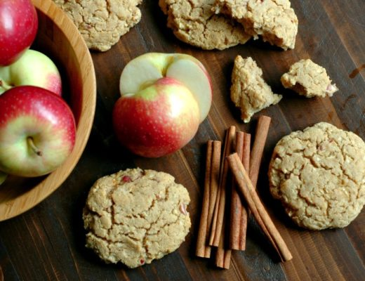 Healthy Apple Cinnamon Breakfast Cookies :: Refined Sugar Free & Gluten Free!