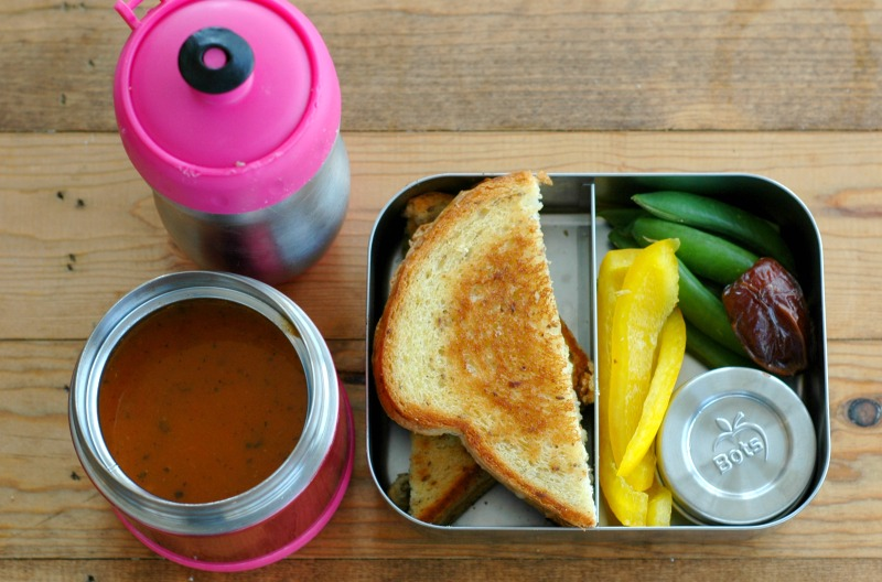 6 {More!} School Lunches Besides Peanut Butter & Jelly! :: Change up your lunchbox routine with these nourishing, easy to prep school lunches!