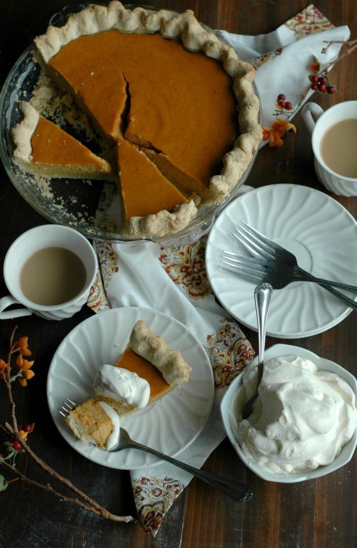 """""""Busy Momma"""" Simple Gluten Free Pumpkin Pie"""