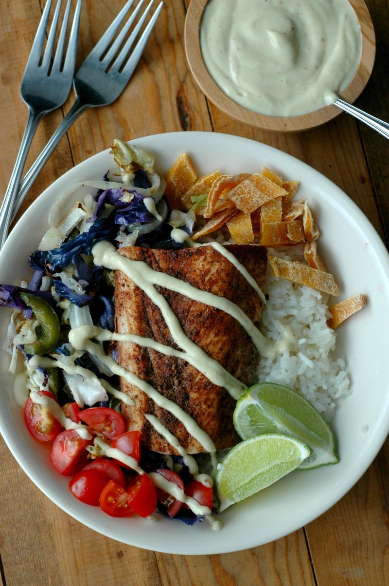 Mahi mahi fish taco buddha bowls with dairy free chipotle for Fish taco aioli
